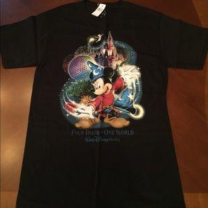 Brand New! Disney Parks Disney World T-shirt SMALL
